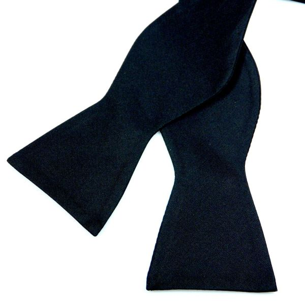 Black Barathea Silk Bow Tie (self-tie)