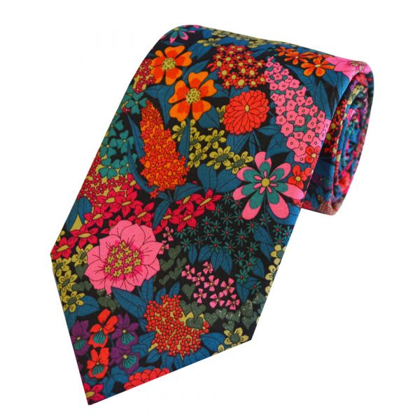 Liberty Print 'Ciara' in Pink Cotton Tie